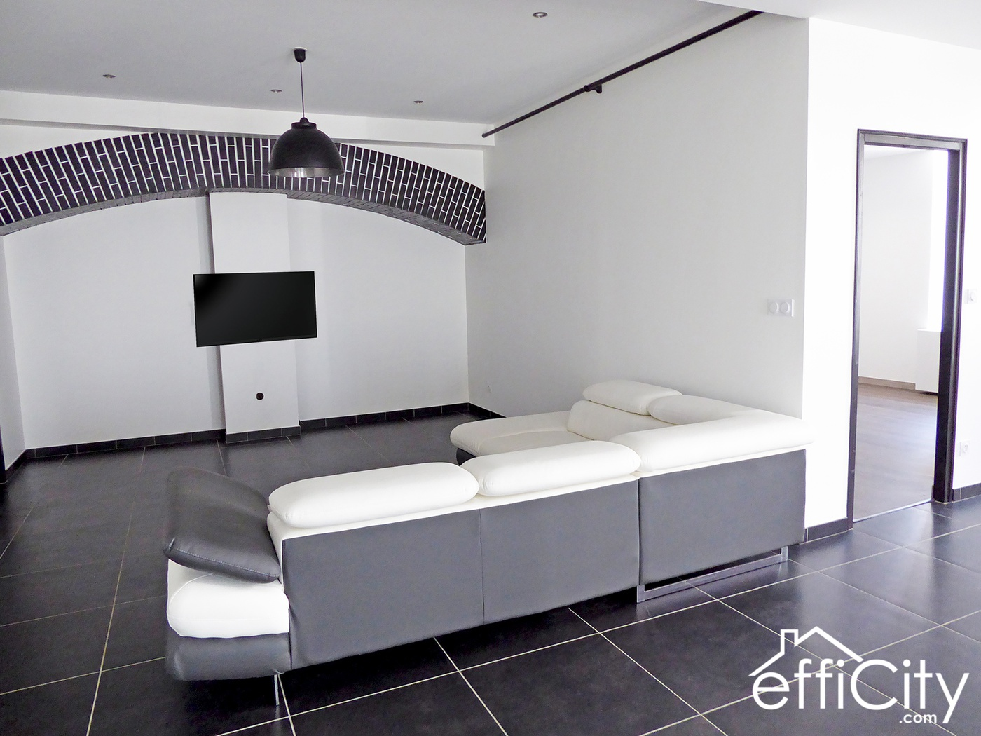 Achat Espace Atypique Lyon achat loft 144 m2 chazelles-sur-lyon (42140), 5 pièces