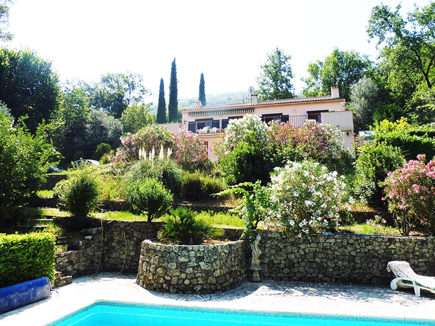 Dimension Terrain De Petanque Maison achat maison 160 m2 le bar-sur-loup (06620), 6 pièces